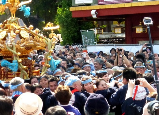 #05神輿「三番」神田明神境内P1060363.jpg