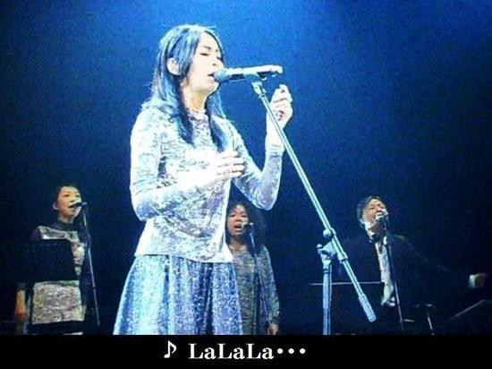 #11日本レコ大・竹内まりや「LaLaLa・・・」2分12秒.jpg