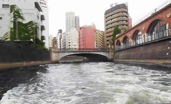 #12万世橋(上流から)B1102動画655.jpg