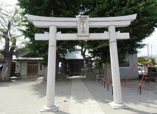 #01G4358春日神社鳥居.jpg