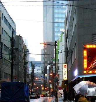 #02A三井ビルディング(東側から).jpg