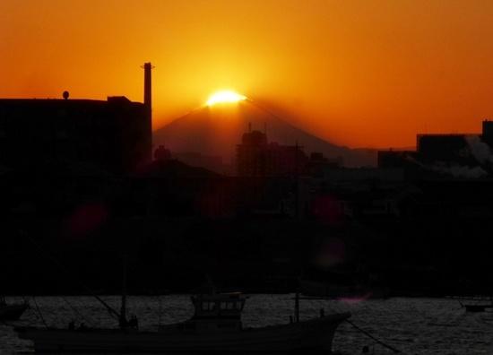 #05ダイヤモンド富士東西線北17時07分16秒P181B.jpg