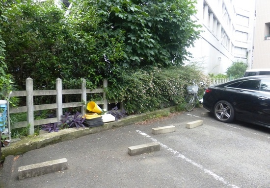 &08きたろう実写二子玉川駐車場32.jpg